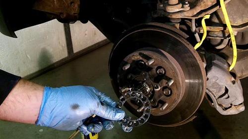 95 Izusu Rodeo Axle Replacement (17)