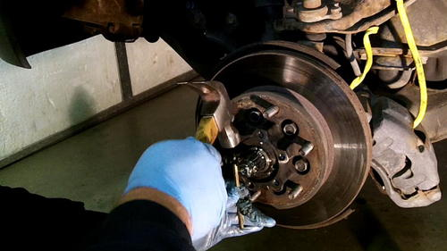 95 Izusu Rodeo Axle Replacement (20)